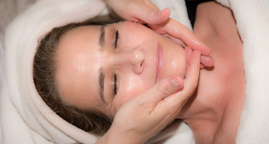 איך לדאוג לעור הפנים?